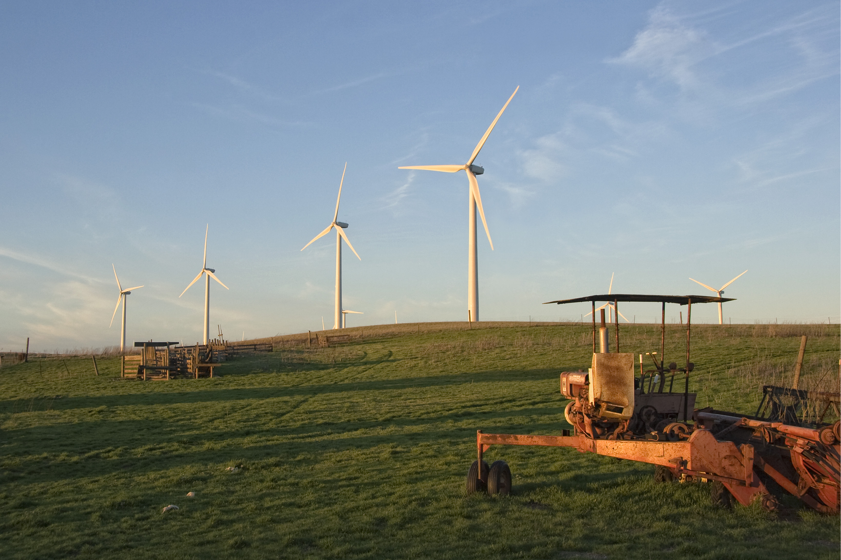 Turbines and Old Tractor IMG_10367